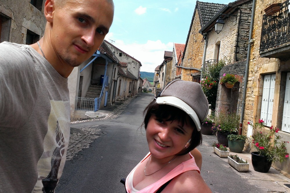 Kaspars and Una cycling in Burgundy