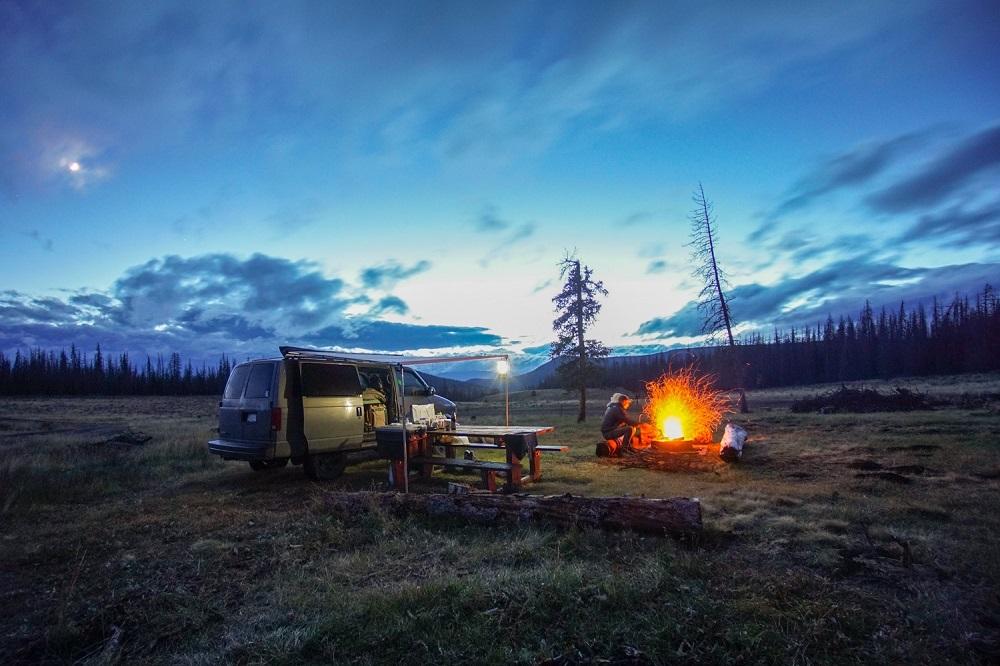 Camping - Crossing Americas by Van