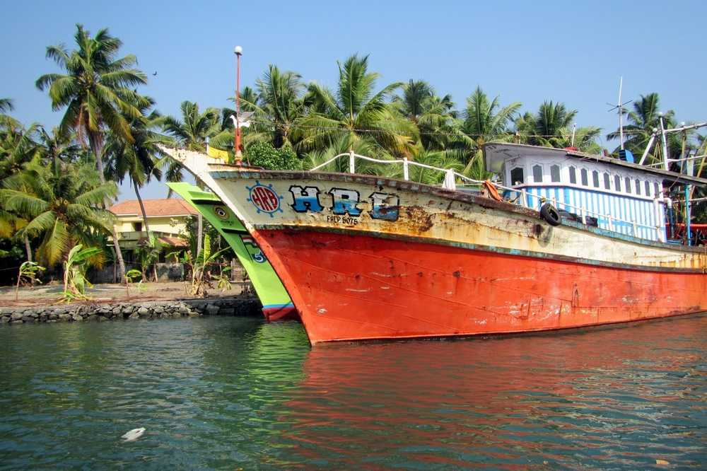 12 Colorful boats - Kerala backwaters tour