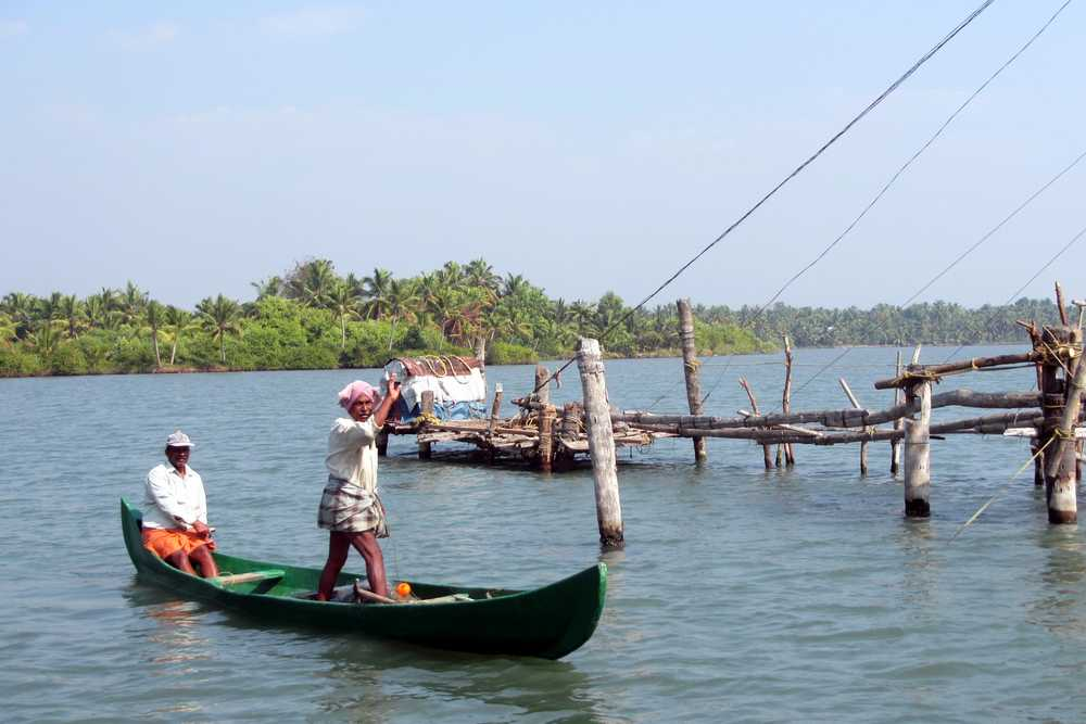 14 Fisherman - Kerala backwaters tour