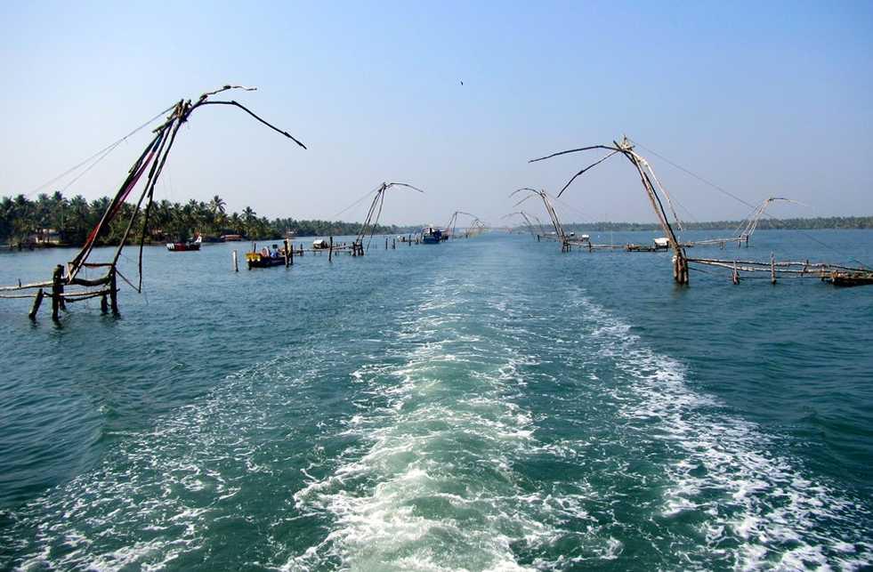 15 Fishing nets - Kerala backwaters tour