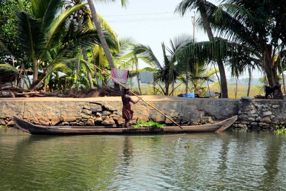 4 Kerala backwaters tour