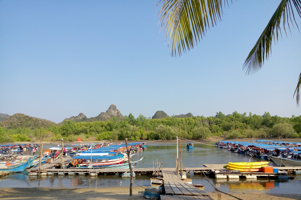 Fishing and tour boats in Langkawi
