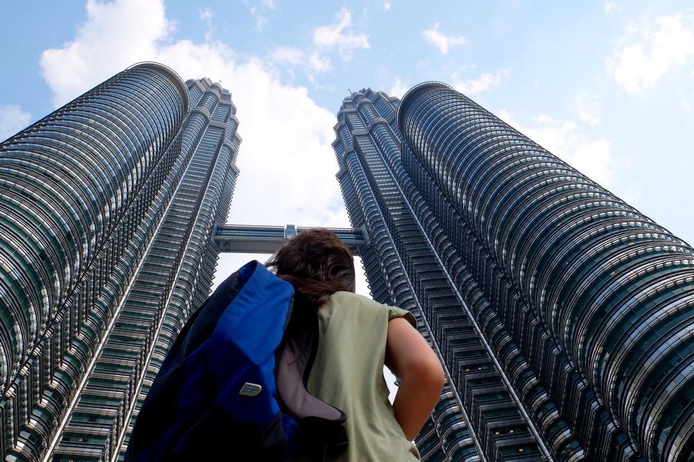 Una and Petronas Towers Malaysia