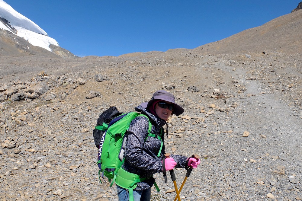 Hiking Annapurna Circuit Trek and carrying Vaude Nevis 30 backpack