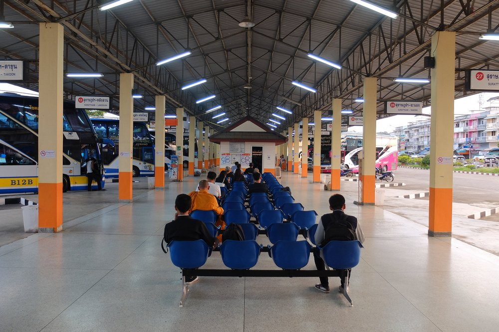 Surat Thani bus station - Hitchhiking in Thailand