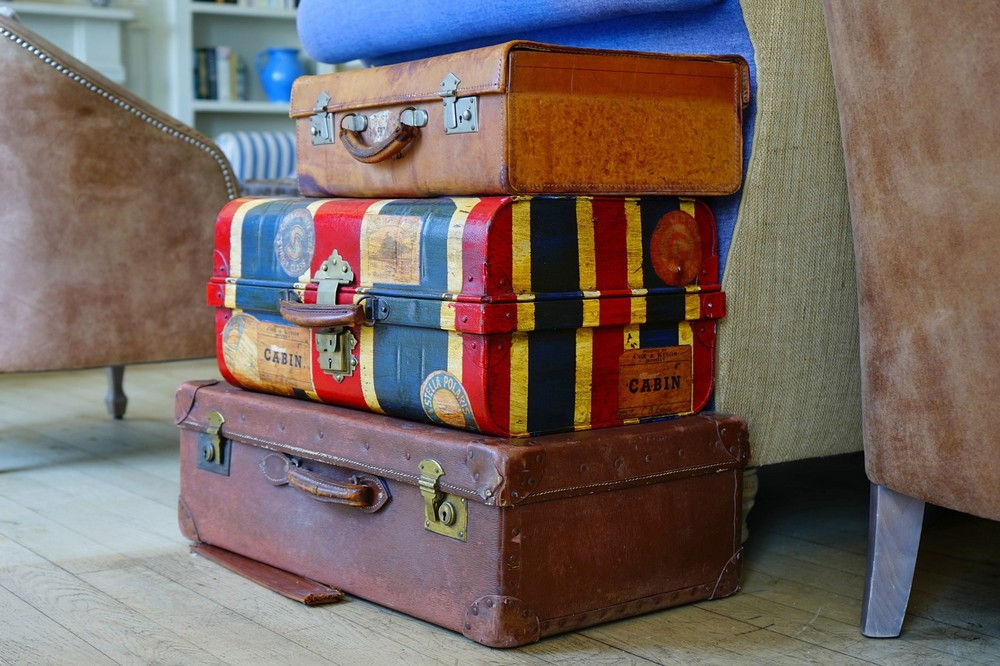 Vintage luggage - Best Carry On Suitcase