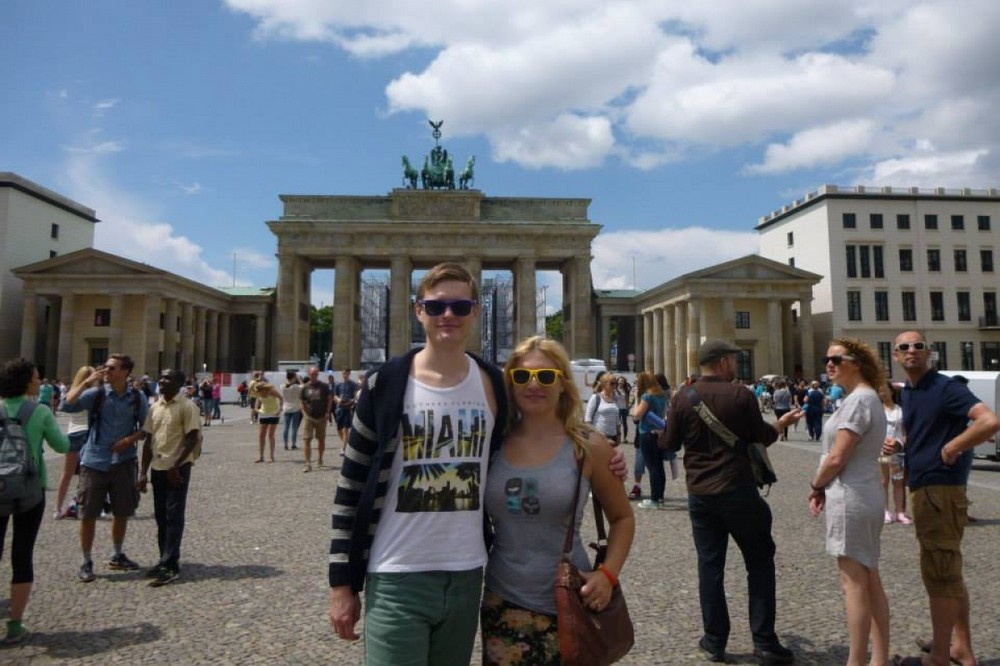 Laura and Tambay in Berlin - Travelling Weasels