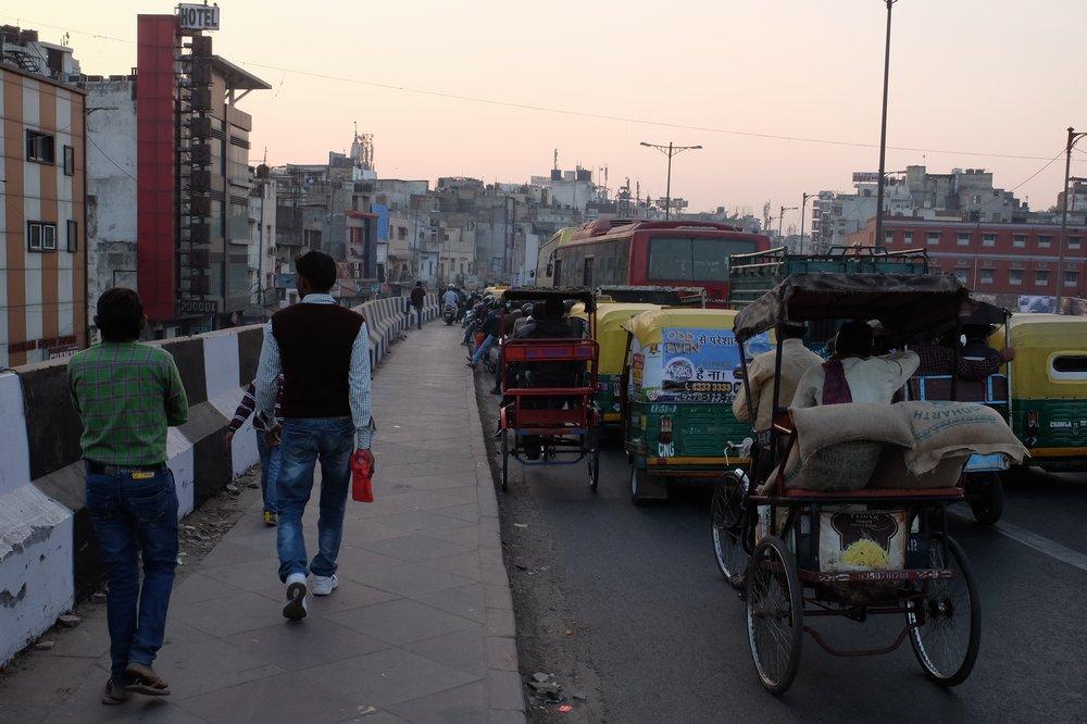how to start travel agency in delhi