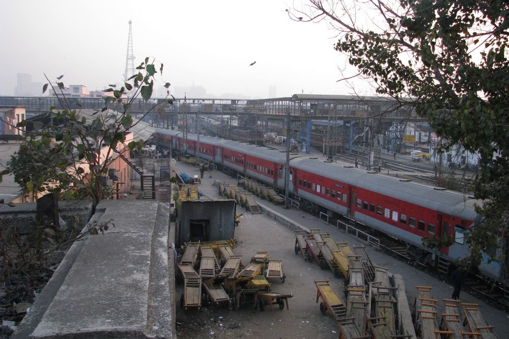 A train in New Delhi railway station - Delhi, India