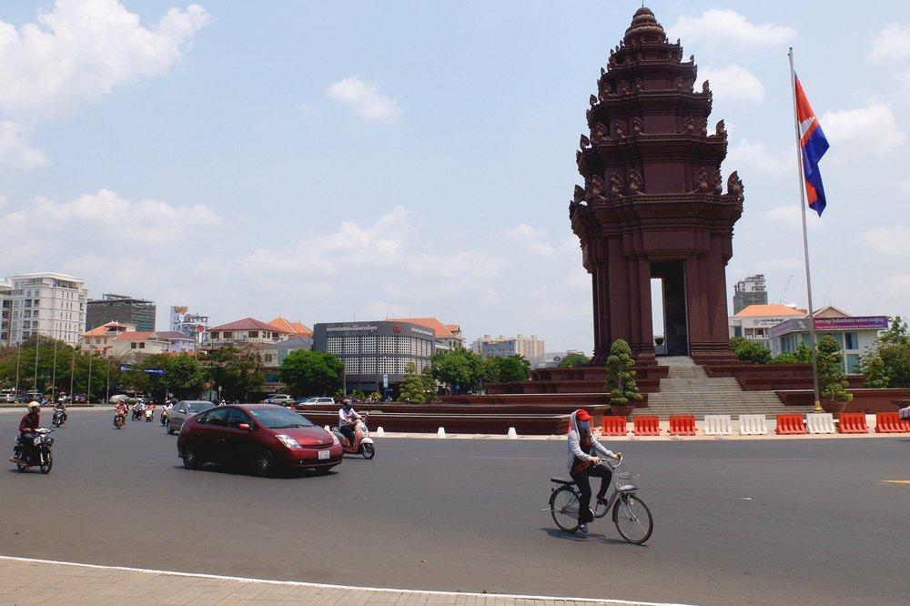 Cycling in Phnom Penh