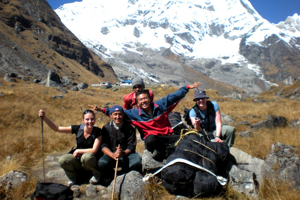 Trekking in Nepal - Backpacker Turned Traveling Entrepreneur. Story of Nikki Scott