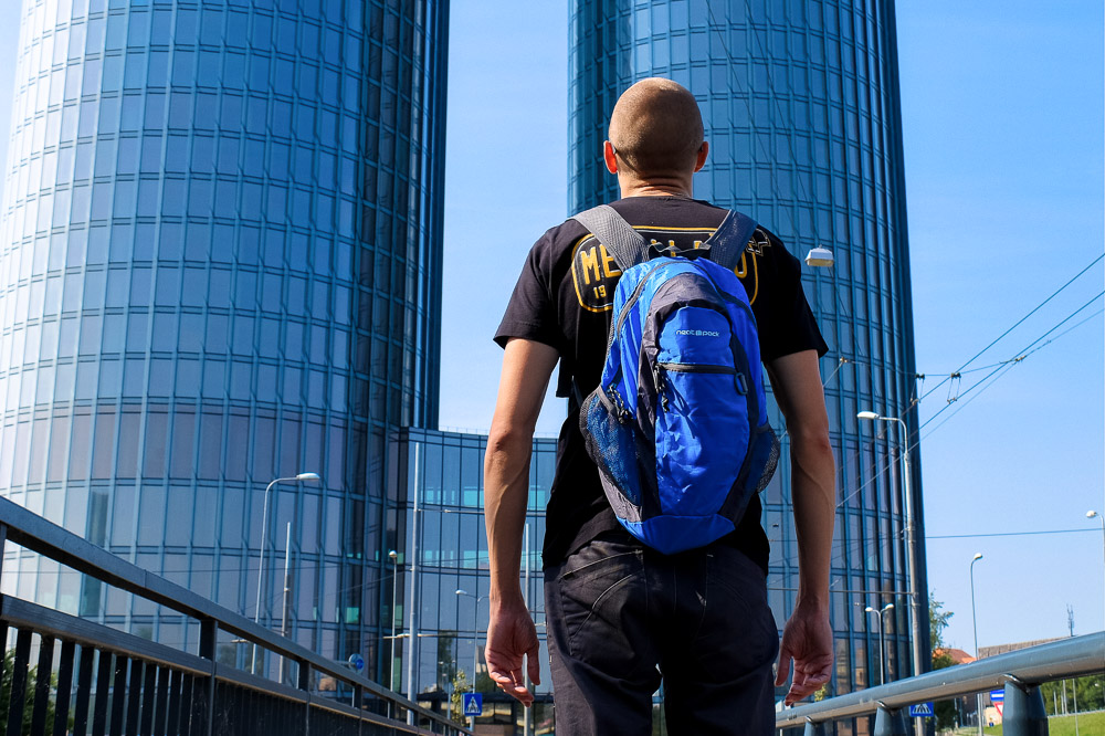 Kaspars with a Neatpack daypack - Best Travel Daypacks