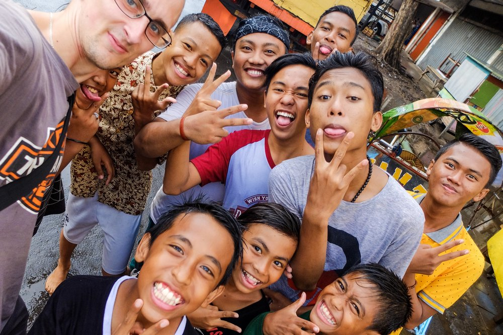 Kaspars and kids in Surabaya, Indonesia - My Long Journey to Thailand