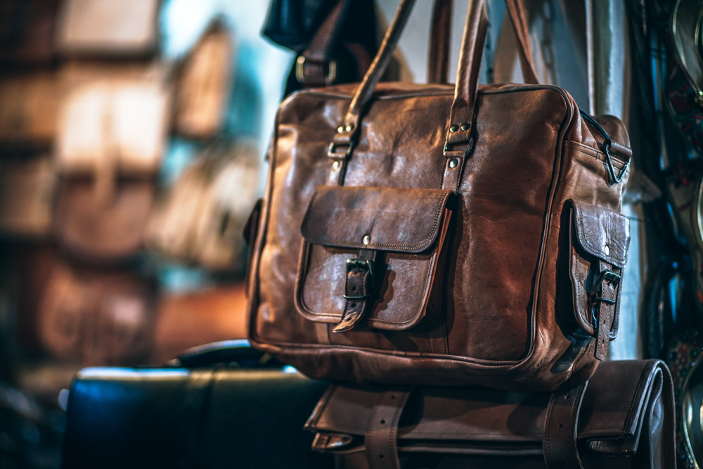 Brown bag - Best Duffel Bags for Travel