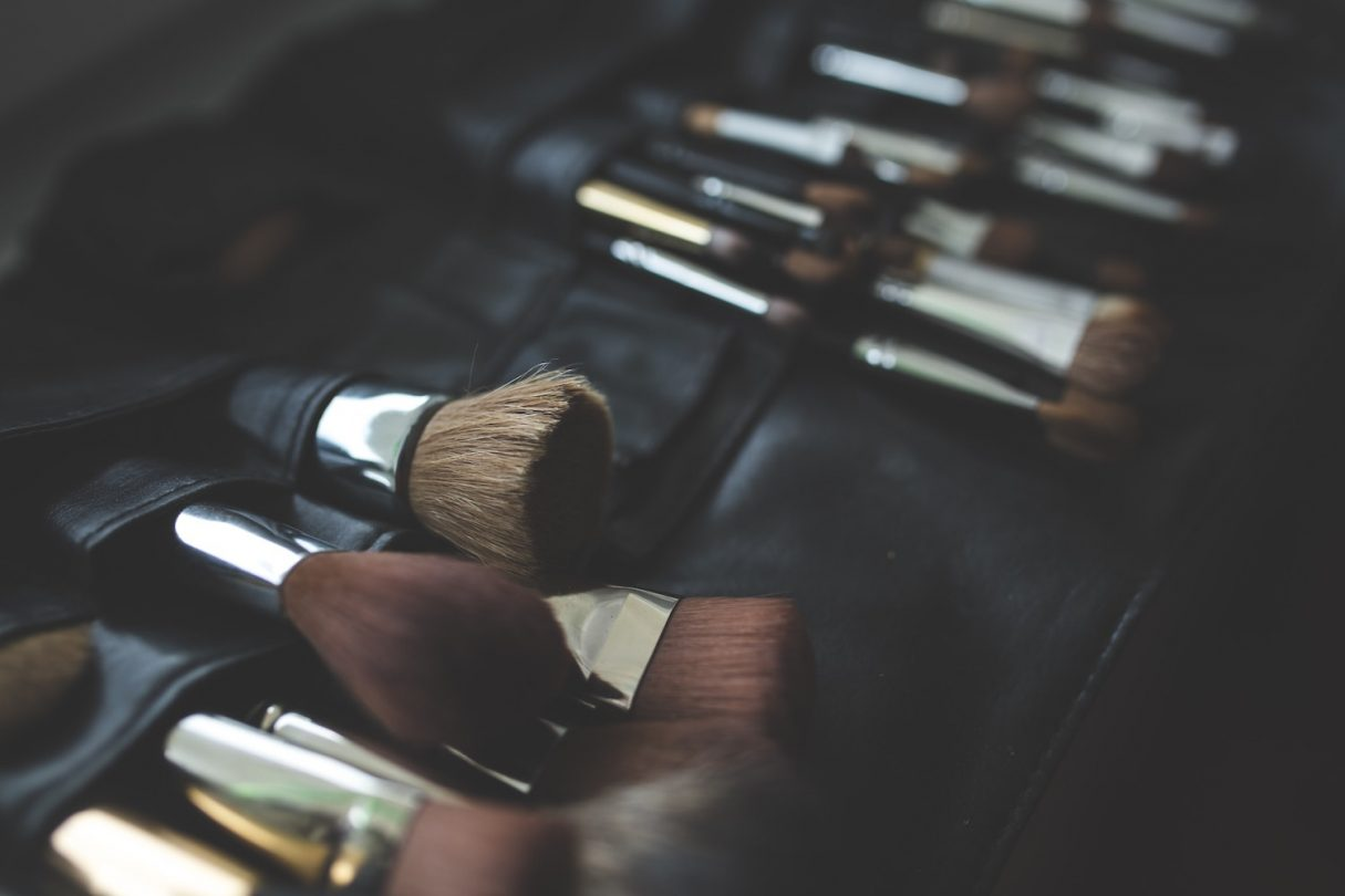 Makeup brushes - Best Travel Makeup Bag