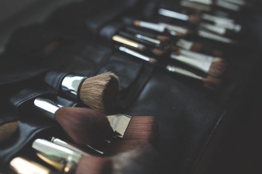 Makeup brushes - Best Travel Makeup Bag
