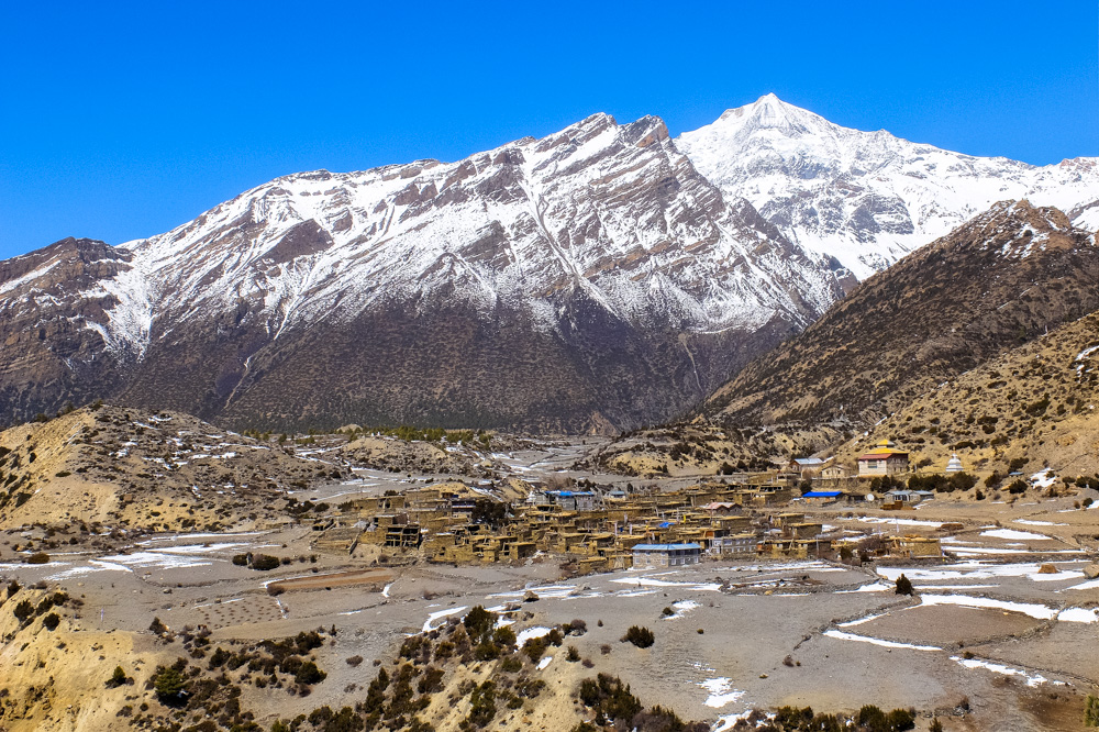 Mountain village - Annapurna Circuit Photos