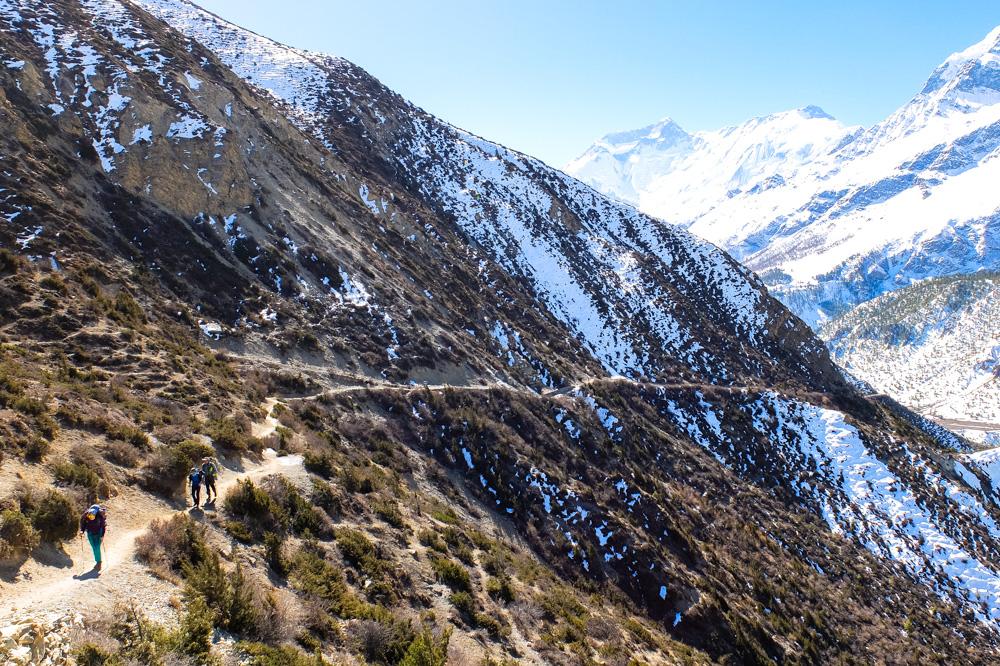 Trekking near Manang - Annapurna Circuit Photos