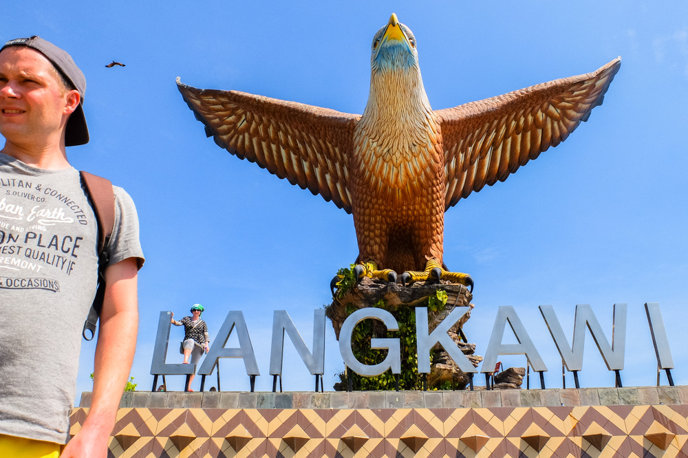 Selfie with Langkawi Eagle in Kuah