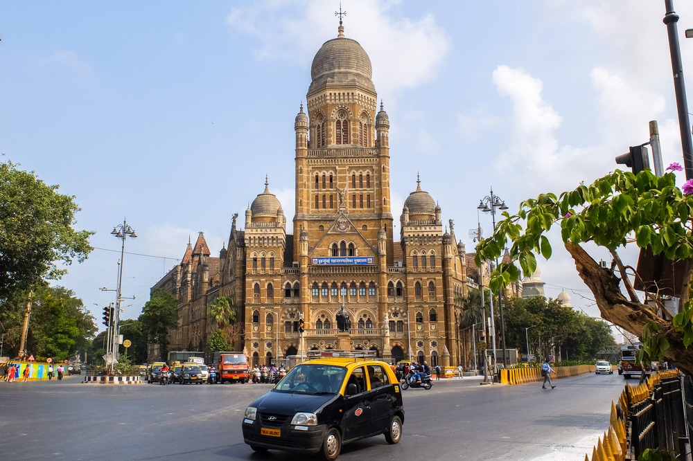 Beautiful building in Mumbai - 4 Weeks in India
