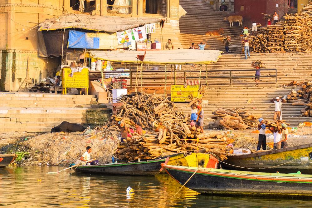 Boats transporting wood in Varanasi - 4 weeks in India