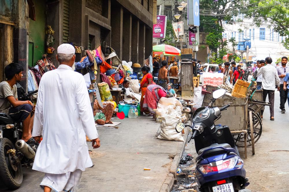 People living on the street in Kolkata - 4 weeks in India