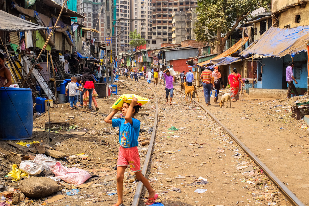 Slums in Mumbai - 4 Weeks in India