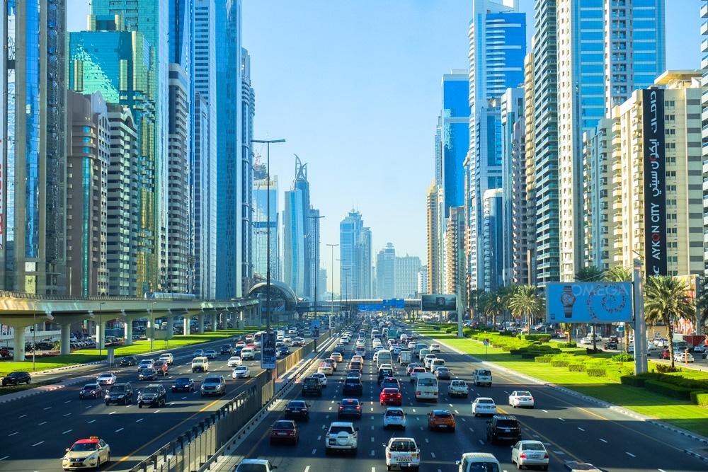 Traffic in Dubai - Best Cheap Hotels in Dubai