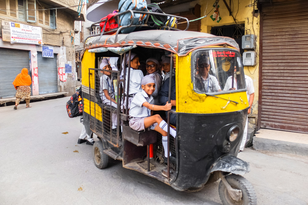 Tuk tuk with school children in Amritsar - 4 Weeks in India