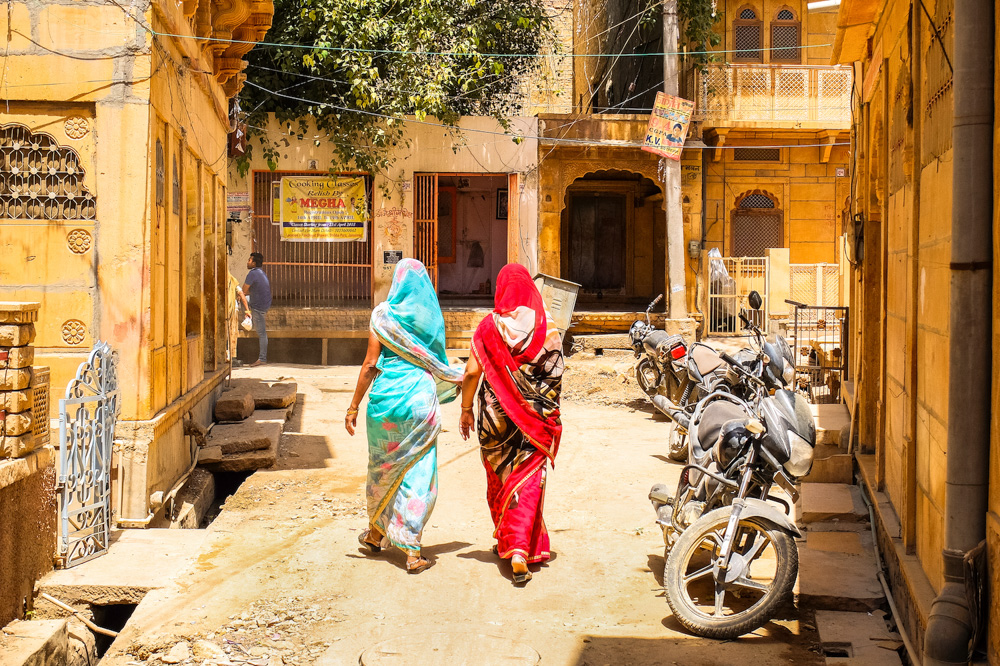 A street in Jaisalmer, India - How to get Indian visa